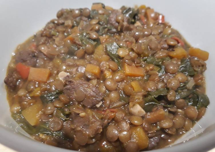 Lentil, spinach and sausage one pot