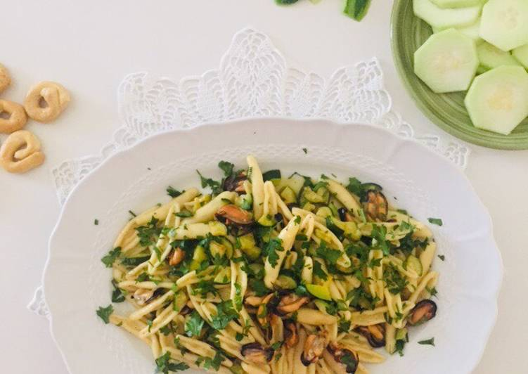 Ricetta Caputi con zucchine e cozze