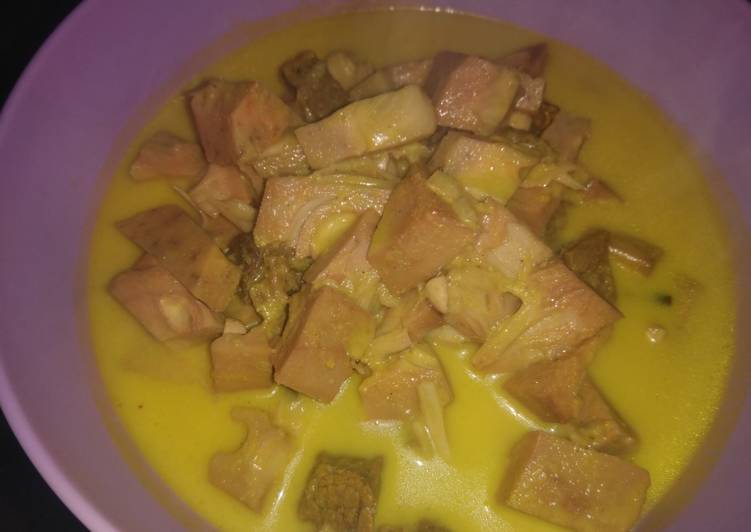 Gulai nangka daging sapi