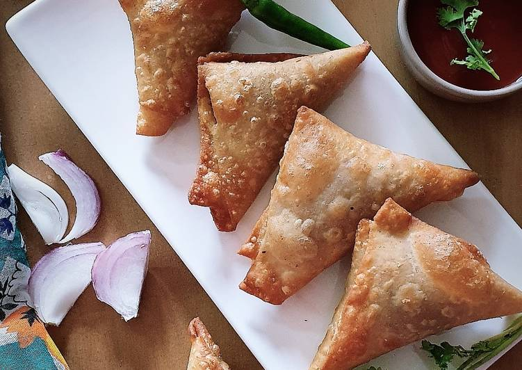 Poha onion triangle samosa