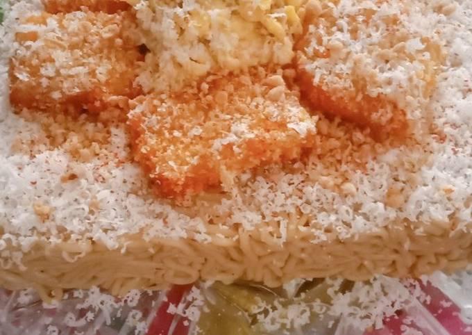 """Indomie """"Birthday Cake"""""""