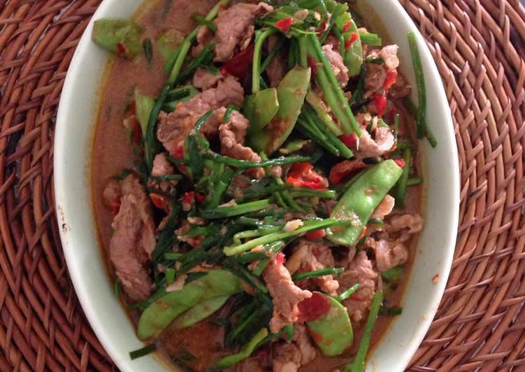 Tongseng daging kambing kacang koro