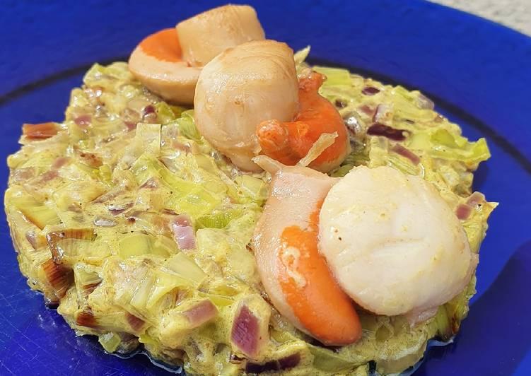Fondue de poireau sauce masala doux et noix de saint-Jacques