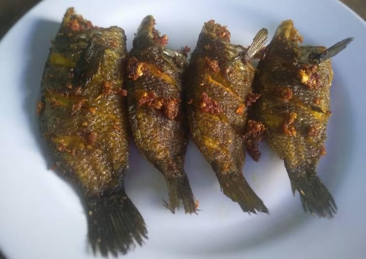 191. Ikan Papuyu Goreng Bumbu Ketumbar