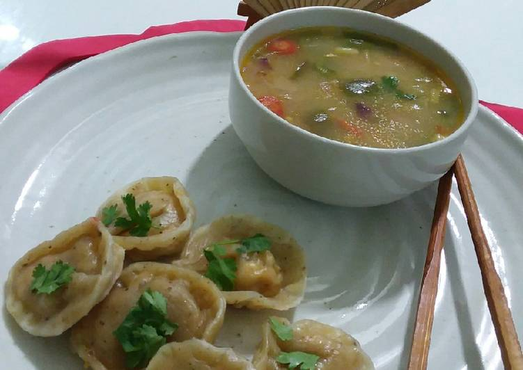 Dumplings with chicken soup, What Are The Advantages Of Eating Superfoods?