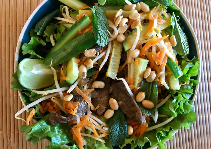Salade de bœuf sauté & sauce soja