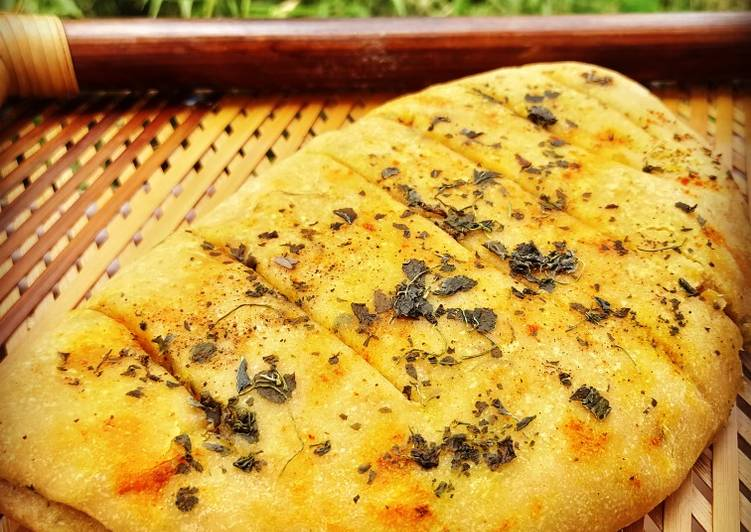 Recipe: Delicious Garlic Bread
