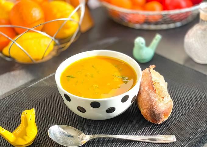 Soupe d'épinards et velouté de légumes
