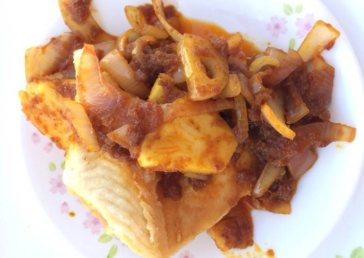 Recipe of Speedy Fish Fillet And Pineapple In Sambal Sauce