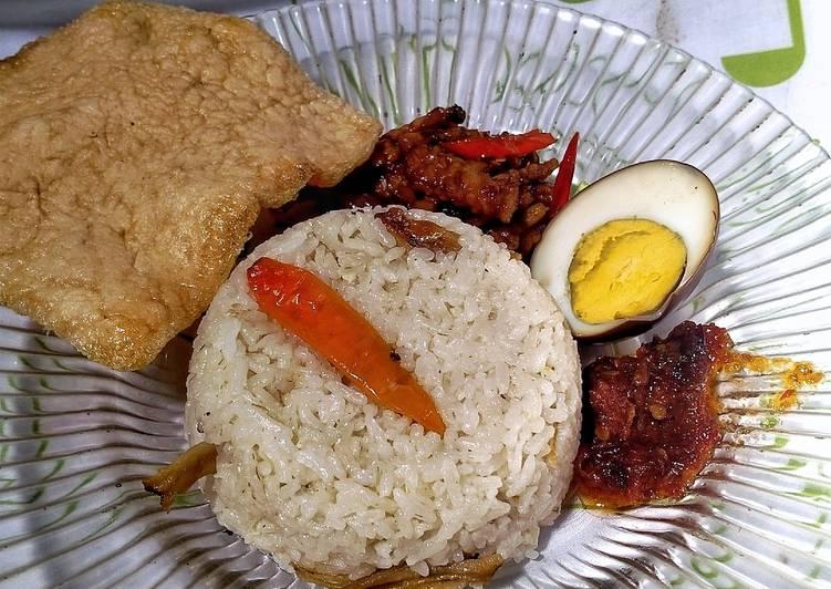 Nasi liwet praktis rice cooker - cookandrecipe.com