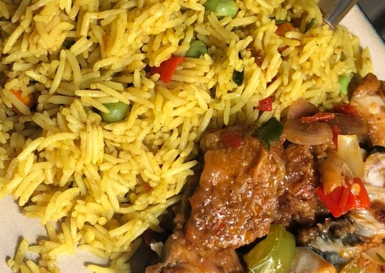 Recipe of Favorite Fried rice with fish Manchuria