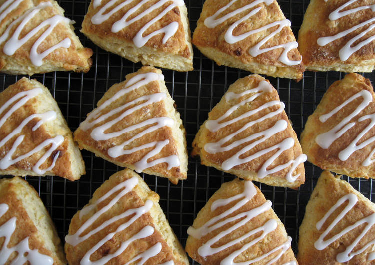 Lemon & White Chocolate Scones