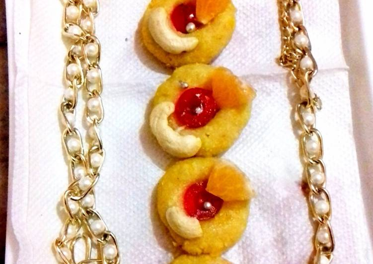 What is Dinner Easy Cooking Orange (cashew) kaju sandesh