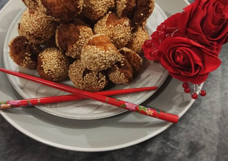 Laughing Balls | Chinese Smiling Sesame Cookies