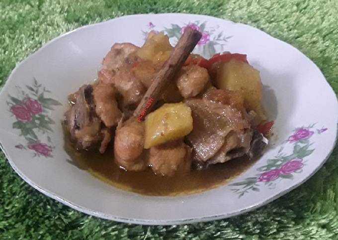 Ayam Semur kentang