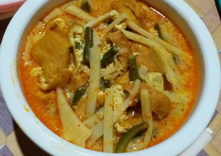 Gulai Campur (Rebung, kacang panjang, tempe, tahu)