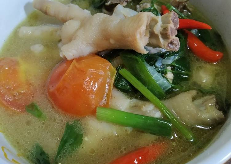 Sup Kaki Ayam pekat