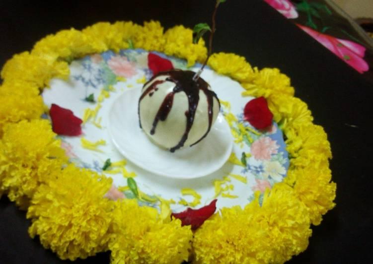 Chocolate candy apple