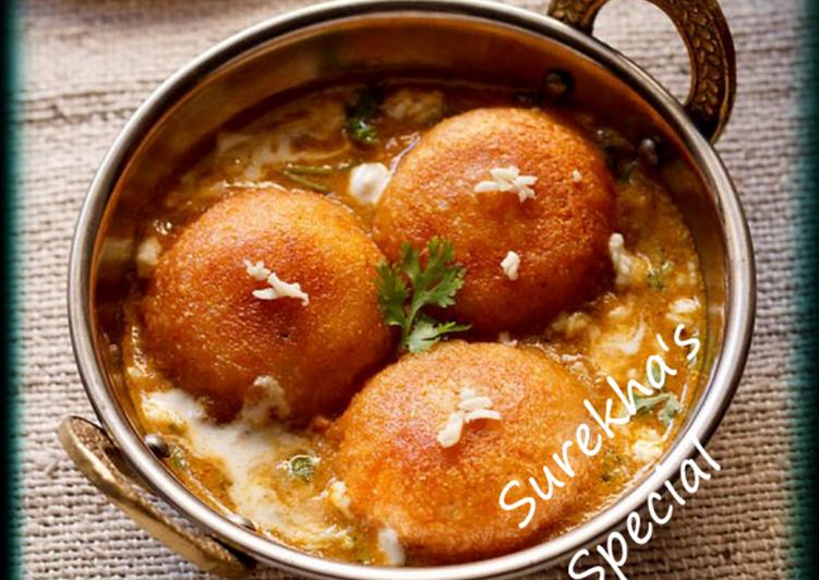 Cashew Nut Kofta Curry
