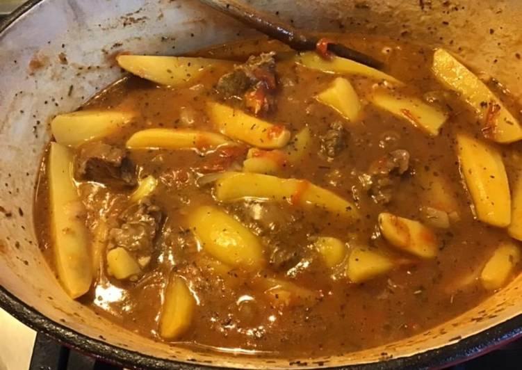 Bœuf en cocotte aux pommes de terre cumin et herbes de Provence