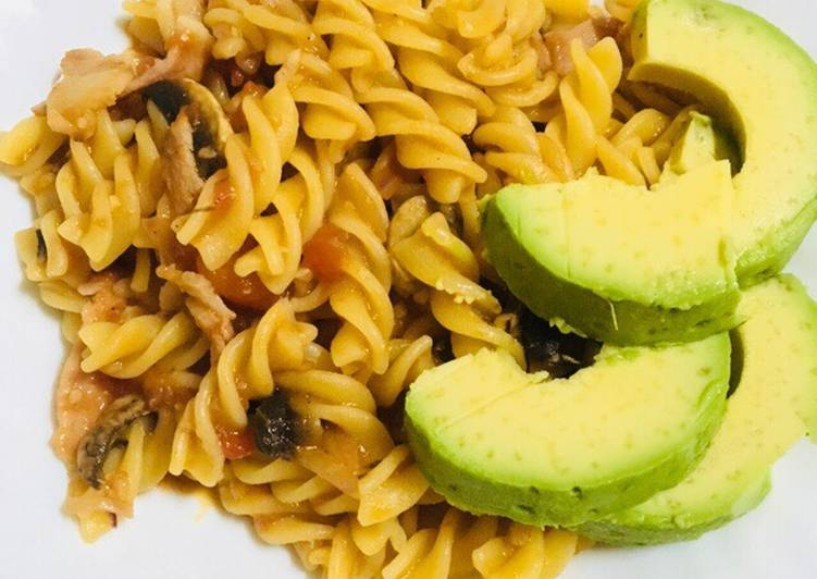 Easy and tasty tomato pasta