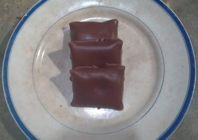 Cara Mudah Membuat Dadar gulung coklat isi cream+meises, Enak