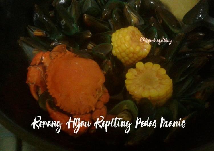 Seafood Kerang Hijau Kepiting Pedas Manis