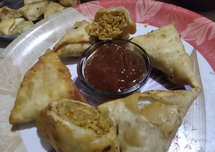 ચાઈનીઝ સમોસા (Chinese Samosa Recipe In Gujarati)