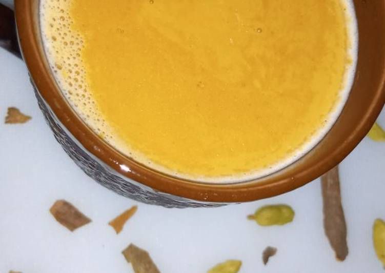 How to Make Most Popular Cinnamon Cardamom Tea