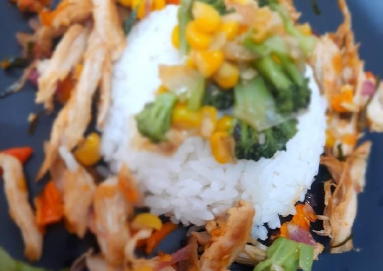 Ayam Panggang Sambal Matah dan Oseng Sayur Brokoli jagung
