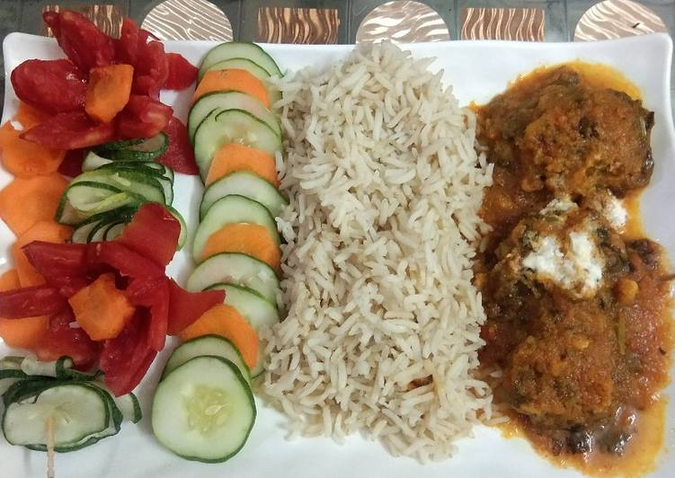 Recipe of Ultimate Lauki kofta curry with brown rice
