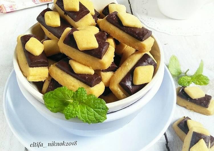 Chocolate stik cookies