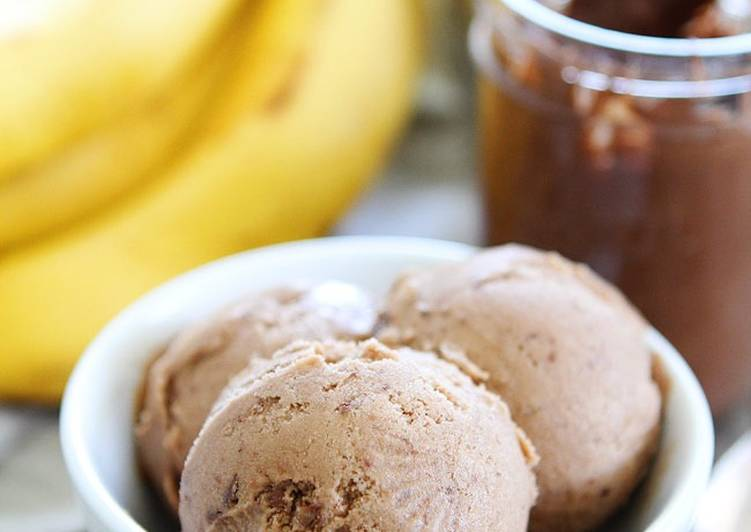 Homemade Banana Bread Nice Cream