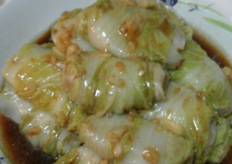 Selecting The Best Foods May Help You Stay Fit And Healthy Steam cabbage with minced fish