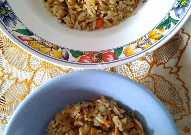 Nasi goreng bandeng presto