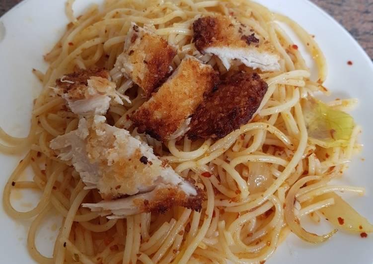 Resep Spagethi Aglio Olio With Chicken Katsu Oleh Fiona Adrizka Cookpad