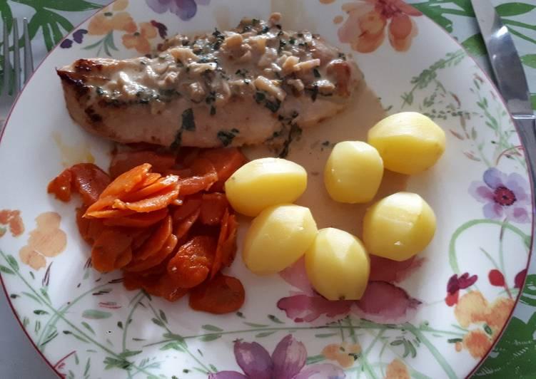 Recette Délicieuse Escalope de poulet crème à l'ail et basic