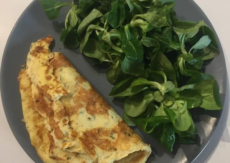 Omelette à la crème fraîche et au gruyère