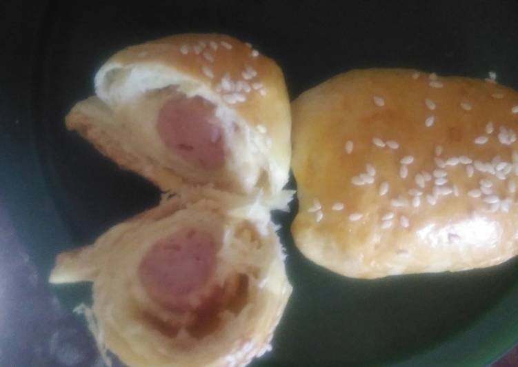 Mini Cheese Hotdog Bun