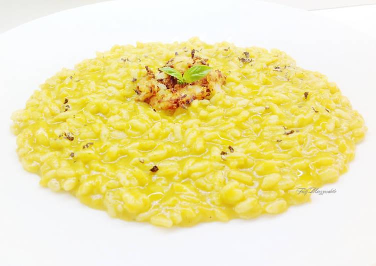 Ricetta Risotto con frullato di peperone e briciole di cipolla al burro e parmigiano