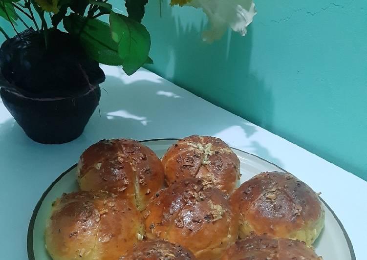 Korean Cream Cheese Garlic Bread (Recook Atha Naufal)