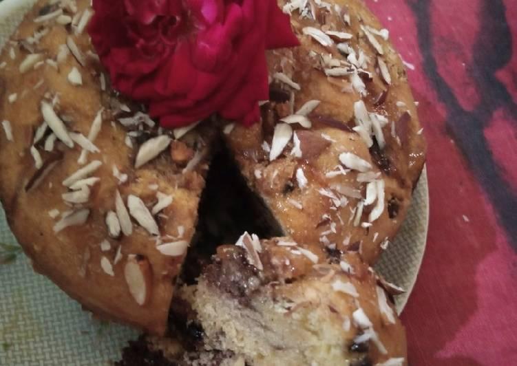 Vanila Choco Almond Cake