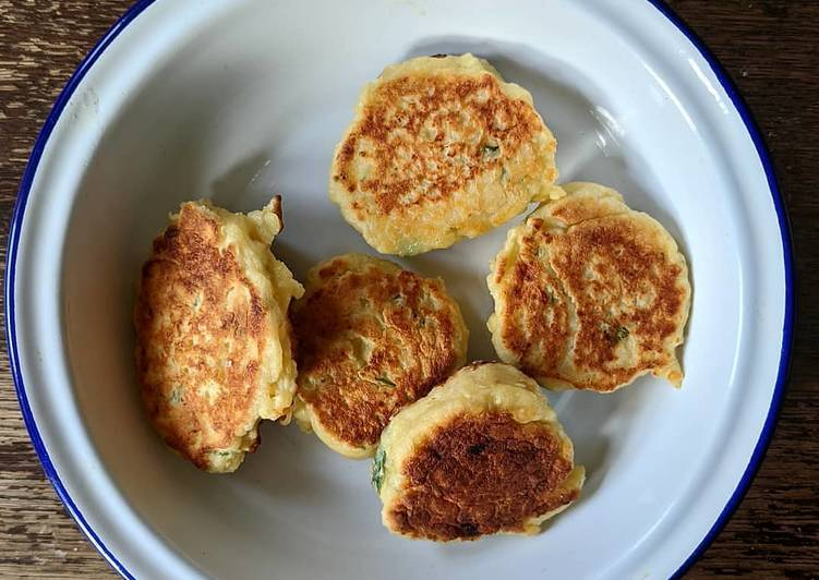 Step-by-Step Guide to Make Ultimate Leftover cheese fritters