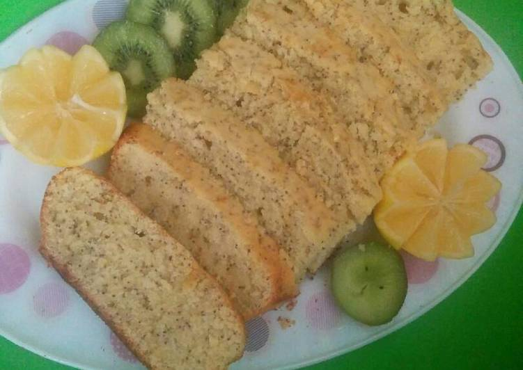 Lemon Poppyseed yoghurt Loaf