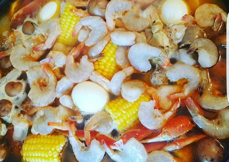 How to Prepare Yummy Winter Shrimp Crab Boil