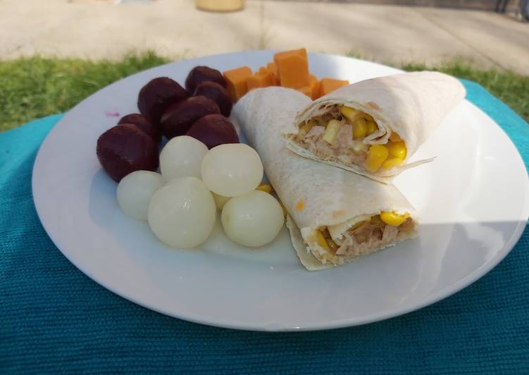 Step-by-Step Guide to Prepare Super Quick Homemade Tuna & Sweetcorn Wrap 🌽🌯