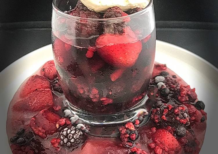 Mixed Berry Fruit Ice-Ring Made With Non-Alcoholic Sangria Served With Cornish Ice Cream