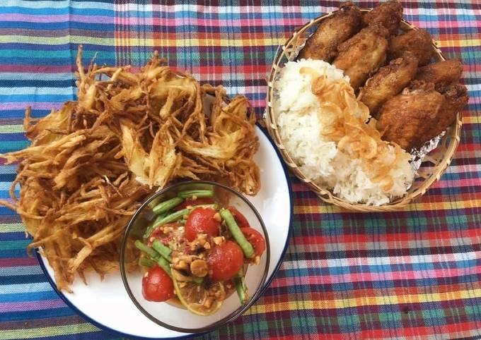 🧑🏽🍳🧑🏼🍳 Sumtum Tod • Thai Crispy Papaya Salad With Hat Yai fried chicken wings Recipe