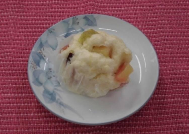 Steamed apple bun