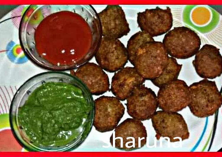 Spring onion rice fritters